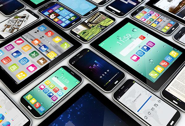 group of smartphones with apps on the screen   Fleet Management Apps   Adrian Steel